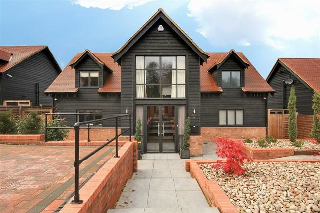 Thumbnail Detached house to rent in Allum Lane, Elstree, Hertfordshire