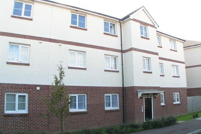 Thumbnail Flat to rent in Buckland Close, Bideford, Devon