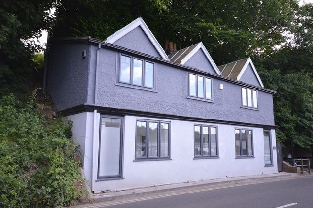 Front of Lower Street, Haslemere GU27