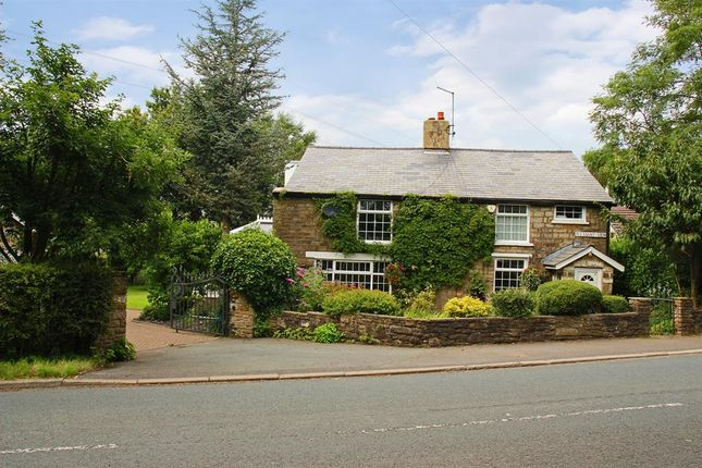 Thumbnail Detached house for sale in Pleasant View, Eccleshill, Darwen