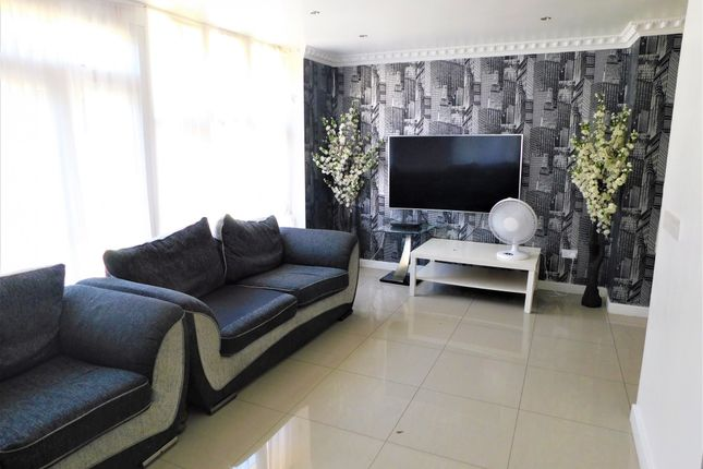 Thumbnail Detached house to rent in Corringham Road, Wembley, Middlesex