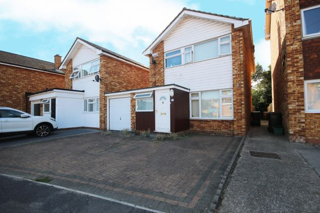 Thumbnail Property to rent in Sunrise Avenue, Chelmsford