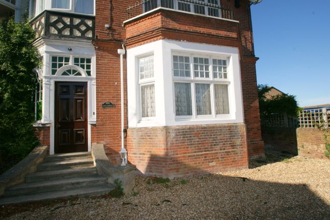 St Clares Road, Deal CT14
