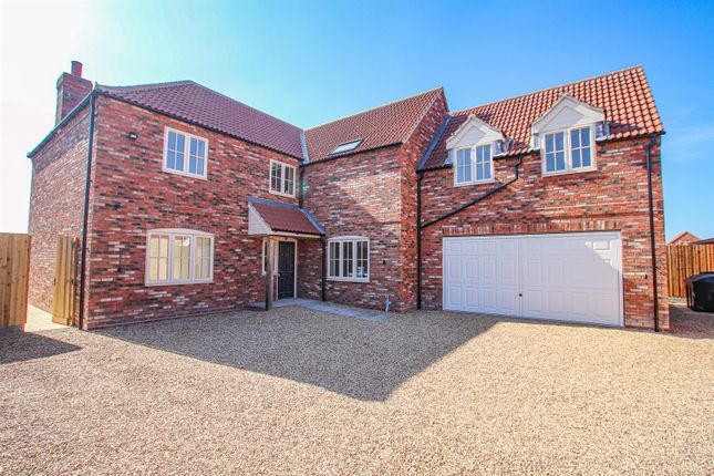 Thumbnail Detached house for sale in West Field Lane, Thorpe-On-The-Hill, Lincoln