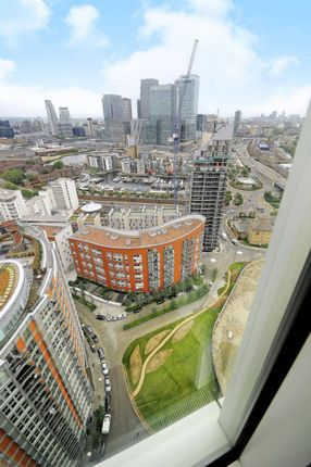 Thumbnail Flat for sale in Ontario Tower, Canary Wharf