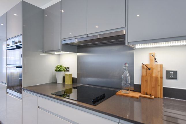 Thumbnail Flat for sale in 16 Blossom House, 5 Reservoir Way, London