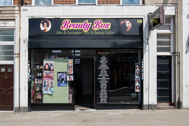 Thumbnail Retail premises for sale in Greenford Avenue, London
