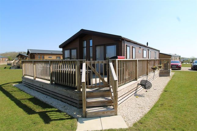 2 bed property for sale in Highfields Retreat, Mareham Lane, Spanby, Sleaford NG34