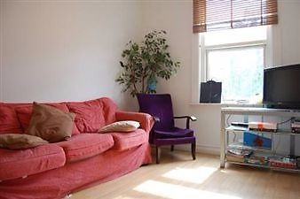 Thumbnail Flat to rent in Willcott Road, Acton
