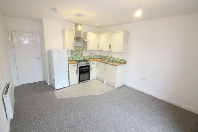 1 bed flat to rent in Southbourne Grove, Bournemouth BH6
