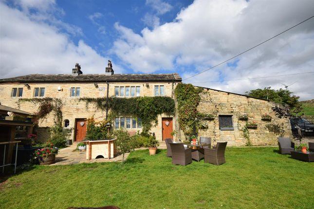 Thumbnail Farmhouse for sale in Delfs Farm, Delfs Lane, Cottonstones, Triangle
