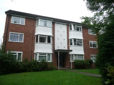 Thumbnail Flat to rent in Cranes Park, Surbiton