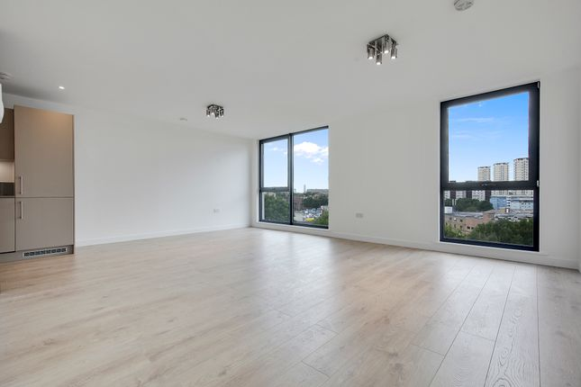Thumbnail Duplex to rent in Rotherhithe New Road, Guild House, Rotherhithe New Road, London