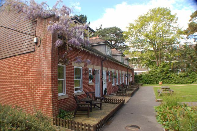 Cottage to rent in Roysdean Manor, 5 Derby Road, Bournemouth, Dorset