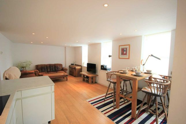 Thumbnail Flat to rent in Holland Road, Hove