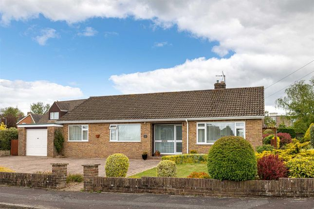 3 bed bungalow for sale in Lilac Grove, Trowbridge BA14
