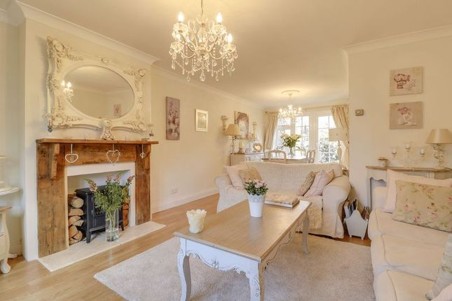 Thumbnail Property for sale in Chertsey Road, Windlesham