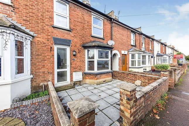 Thumbnail Terraced house to rent in Grove Road, Hitchin