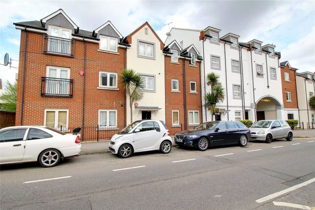 Picture No. 15 of Platinum Apartments, Silver Street, Reading, Berkshire RG1
