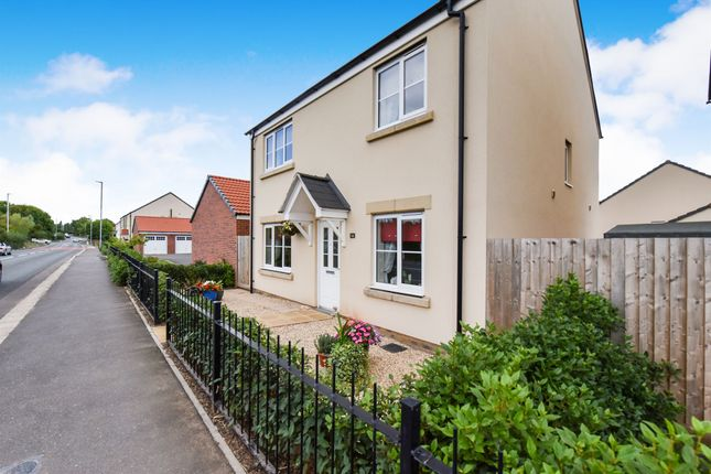 Thumbnail Detached house for sale in Hallets Road, Monkton Heathfield, Taunton