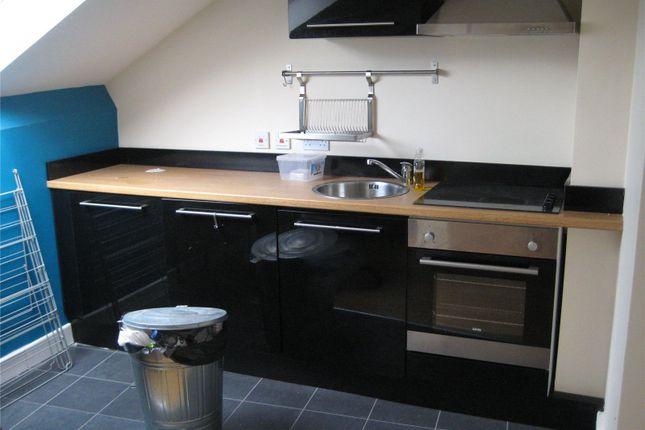 2 bed flat to rent in Flat 1, 11 Bath Street, Huddersfield