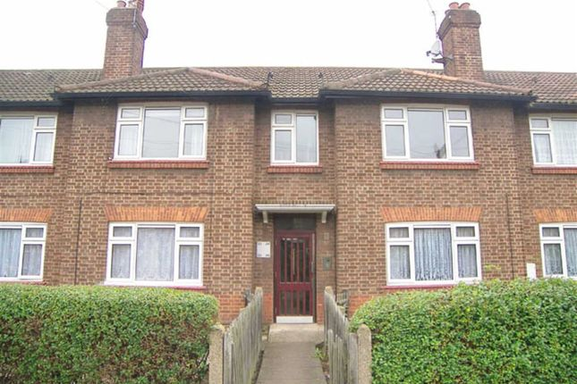 Thumbnail Flat to rent in West Sheen Vale, Richmond