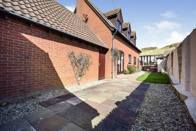 4 bed detached house for sale in Clink Lane, Sea Palling, Norwich NR12