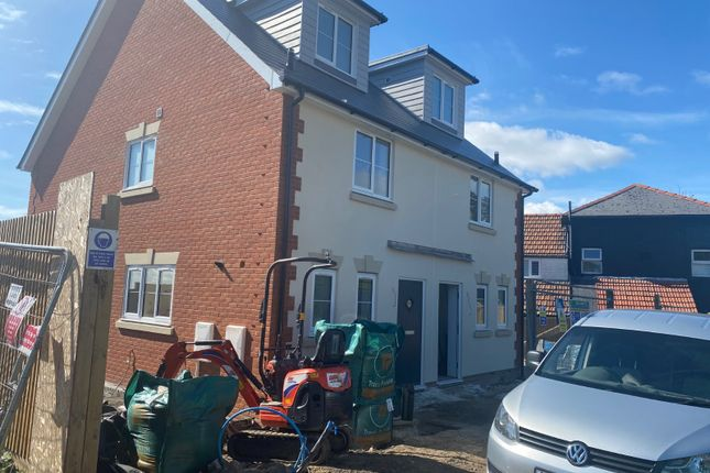3 bed semi-detached house for sale in Middle Road, Hastings TN35