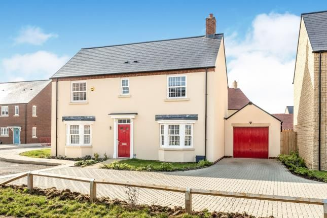 Thumbnail Detached house for sale in Sandown Road, Bicester, Oxfordshire