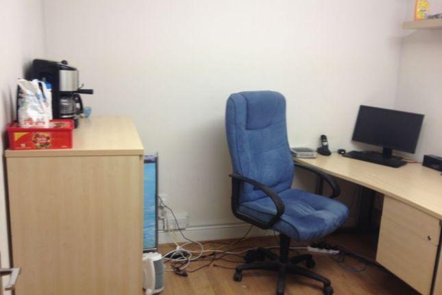 Office to let in Whitechapel Road, Whitechapel, Aldgate East
