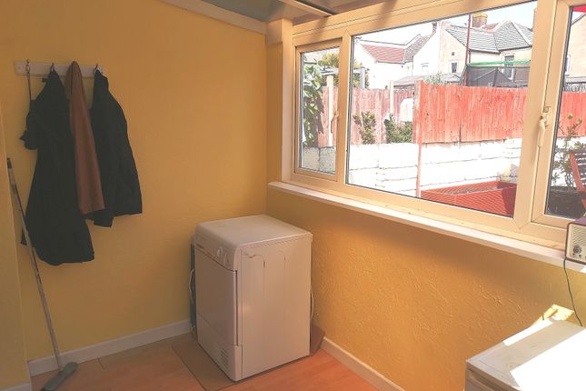 Lean To of Queens Road, Gosport PO12