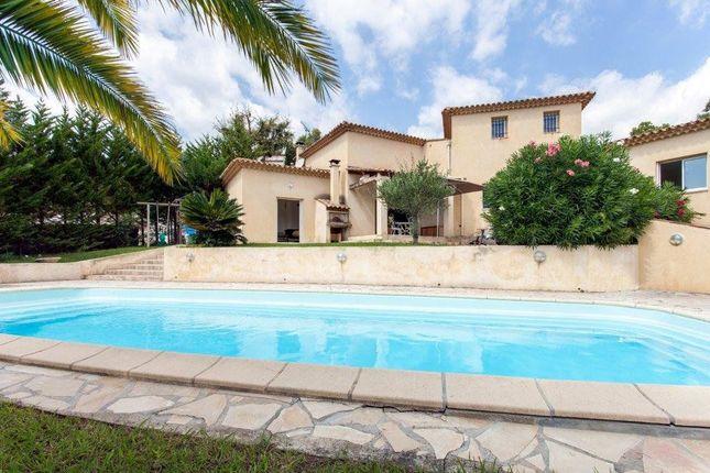 Thumbnail Villa for sale in Les Adrets-De-L'esterel, Provence-Alpes-Côte D'azur, France