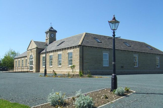 Picture No.01 of Oakwood Park, Bishop Thornton, Harrogate HG3