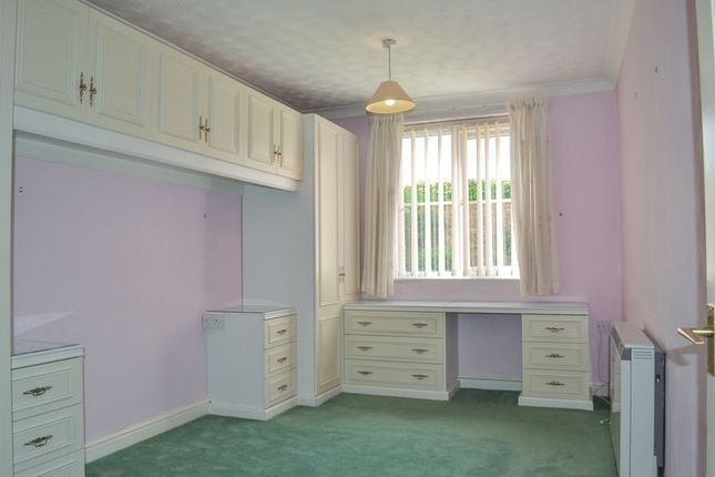 Bedroom of Mill Lodge, Boston PE21