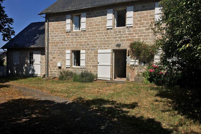 Pérols-Sur-Vézère, Pérols-Sur-Vézère, Bugeat, Ussel, Corrèze, Limousin, France