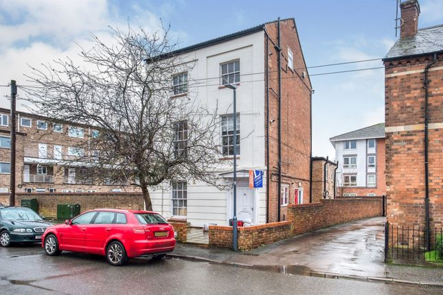 Flat for sale in Rusina Court, Ranelagh Terrace, Leamington Spa