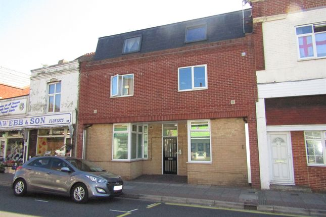 Thumbnail Flat to rent in Kingston Road, Portsmouth, Hampshire