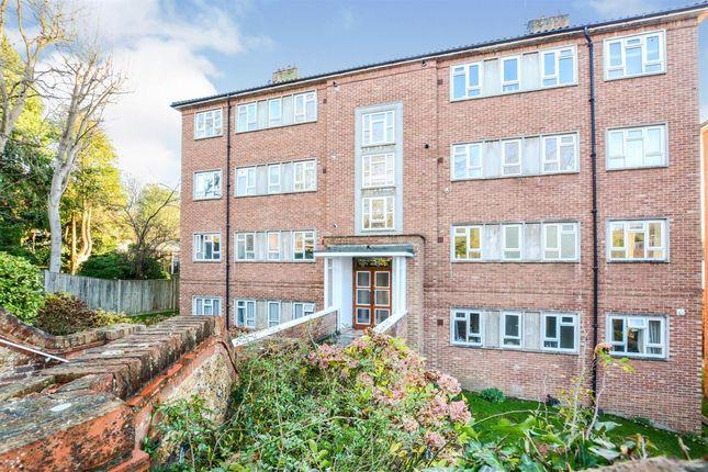 Thumbnail Flat for sale in Grosvenor Court, Varndean Road, Brighton
