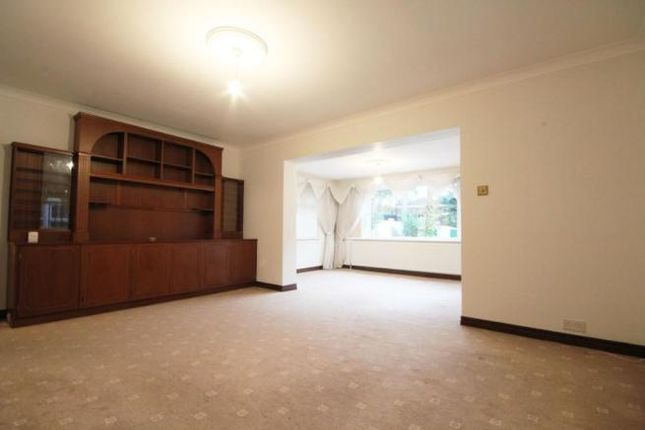 Thumbnail Bungalow to rent in Tomswood Rd, Chigwell