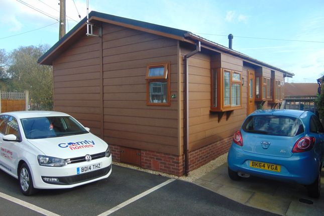 Thumbnail Mobile/park home for sale in The Glen, Linthurst Newton, Blackwell, Bromsgrove