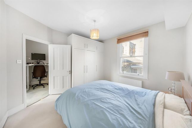 Master Bedroom of Warriner Gardens, London SW11