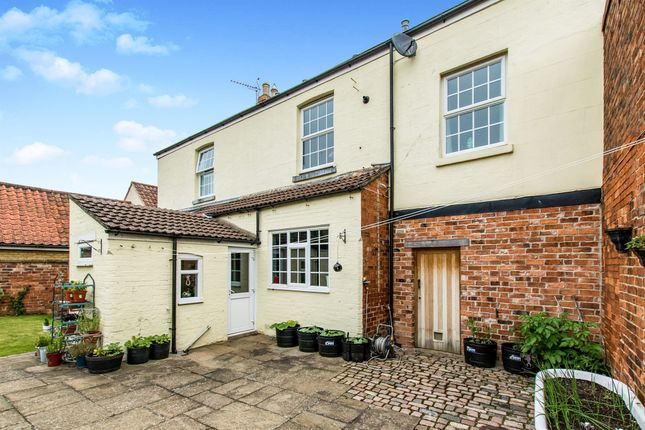 Thumbnail Cottage for sale in Pond Street, Great Gonerby, Grantham