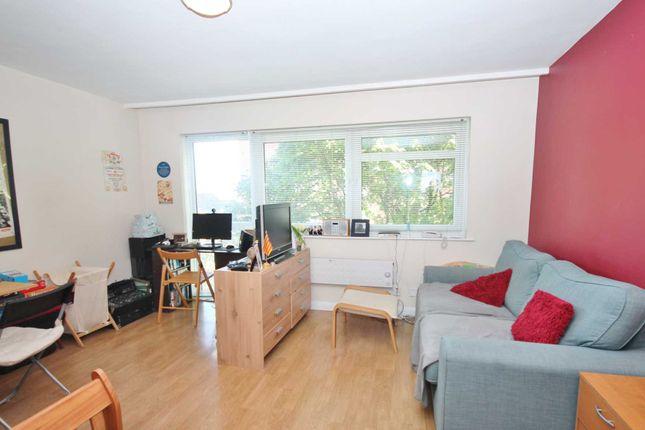 Studio for sale in Coombe Road, New Malden