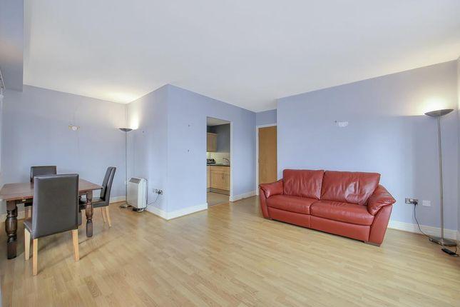 Living Room 1 of Londinium Tower, 87 Mansell Street, London E1