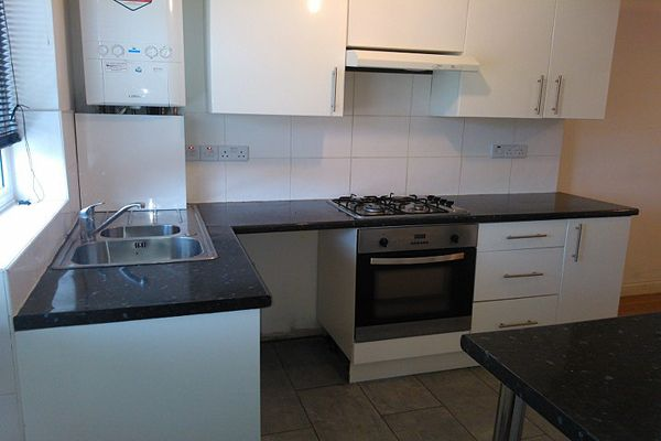 Thumbnail Terraced house to rent in White Hart Road, Plumstead
