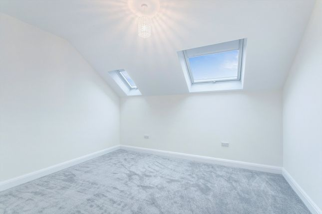 Picture No. 23 of Willow Cottage, St Leonards Road, Nazeing, Essex EN9