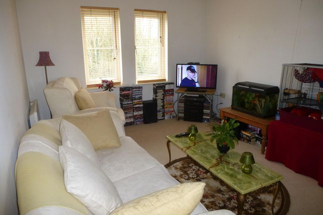 Thumbnail Flat to rent in Barley Leaze, Allington, Chippenham