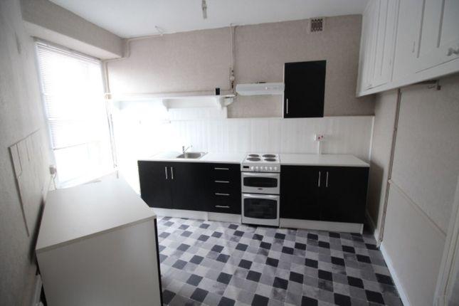 2 bed flat to rent in Market Jew Street, Penzance