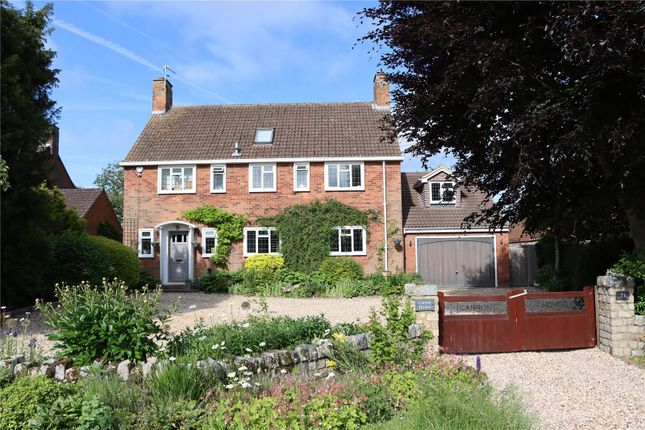 Thumbnail Detached house for sale in Chalkshire Road, Butlers Cross, Aylesbury, Buckinghamshire