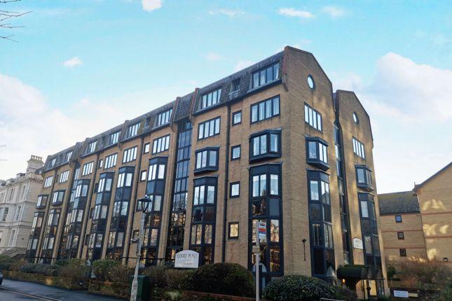 Thumbnail Flat to rent in Castle Hill Avenue, Folkestone
